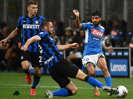 Inter-Napoli 2-0, la notte delle stelle cadenti